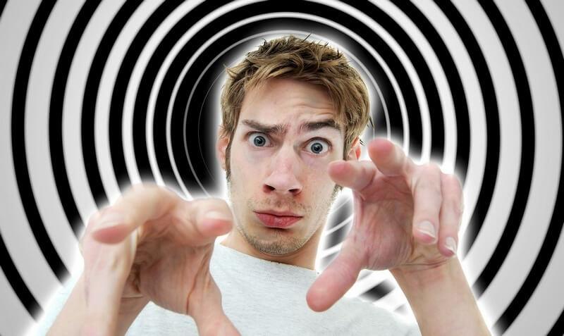 Hipnotik-başlık-yazma